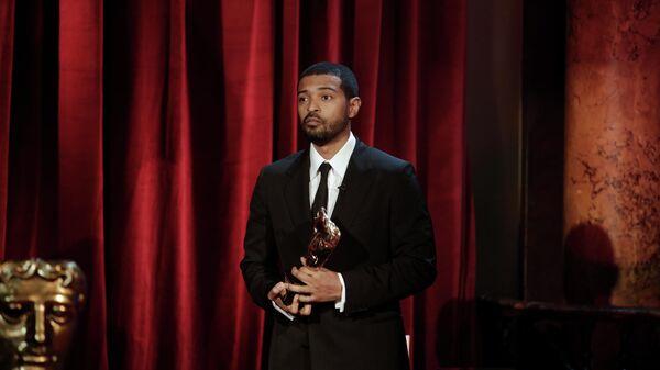 Ноэль Кларк получает BAFTA за выдающийся вклад в кино на 74-й церемонии вручения премии в Лондоне, Великобритания
