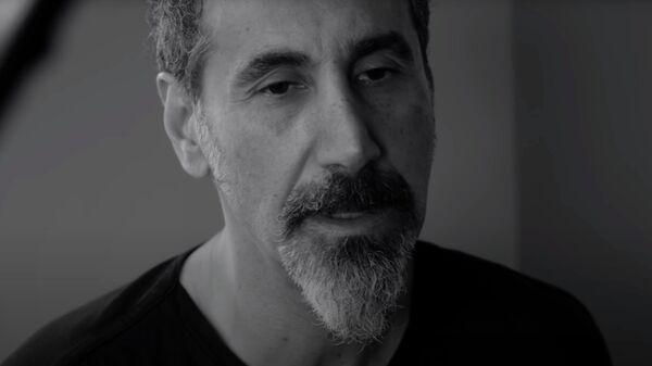 Serj Tankian - Rumi. Кадр видео