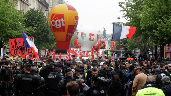 Всеобщая первомайская демонстрация в Париже