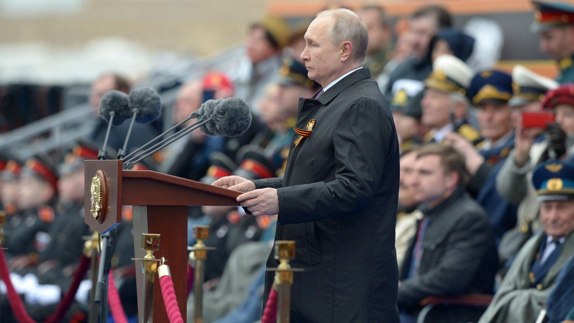 Президент РФ В. Путин на военном параде в честь 76-й годовщины Победы в ВОВ - РИА Новости, 1920, 09.05.2021