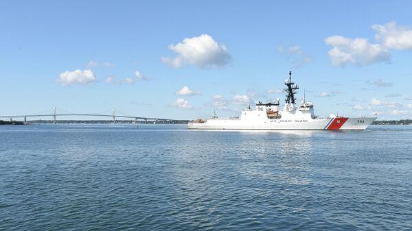 Корабль американской береговой охраны USCGC Hamilton (WMSL-753)