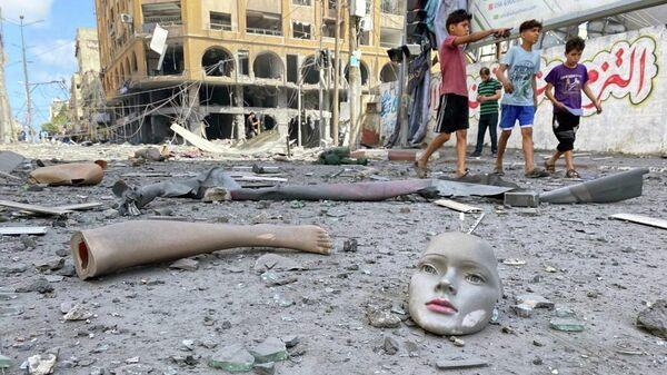 Последствия израильских воздушных ударов в Газе