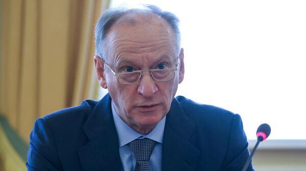 Секретарь Совета безопасности РФ Николай Патрушев проводит совещание по актуальным вопросам национальной безопасности в Северо-Западном федеральном округе в Мурманске
