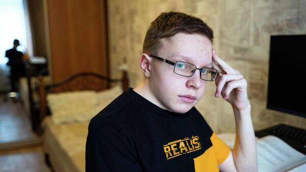 Опора для Саши: Сашу Сочугова спасет операция на позвоночнике