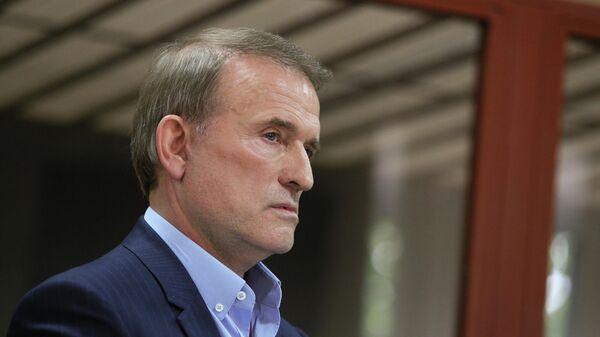 Виктор Медведчук, подозреваемый в госизмене и расхищении национальных ресурсов, на заседании Печерского суда Киева