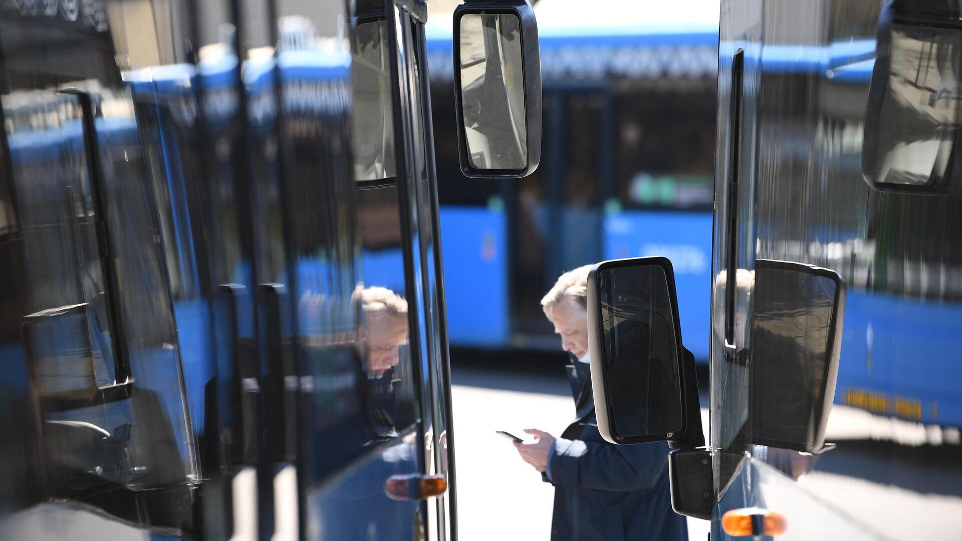 В Казани проверят сообщения о высаженном из автобуса ребенке-инвалиде