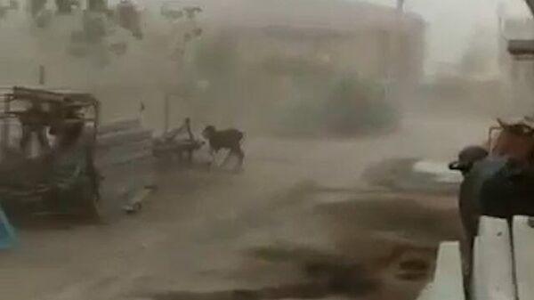 Циклон Тауктае в Западной Индии
