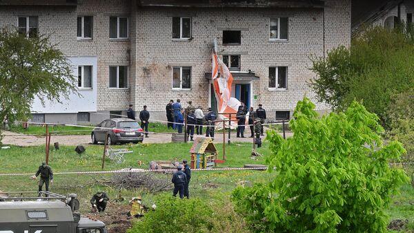 Место крушения военно-учебного самолета Як-130 белорусских ВВС на улице Розы Люксембург в городе Барановичи