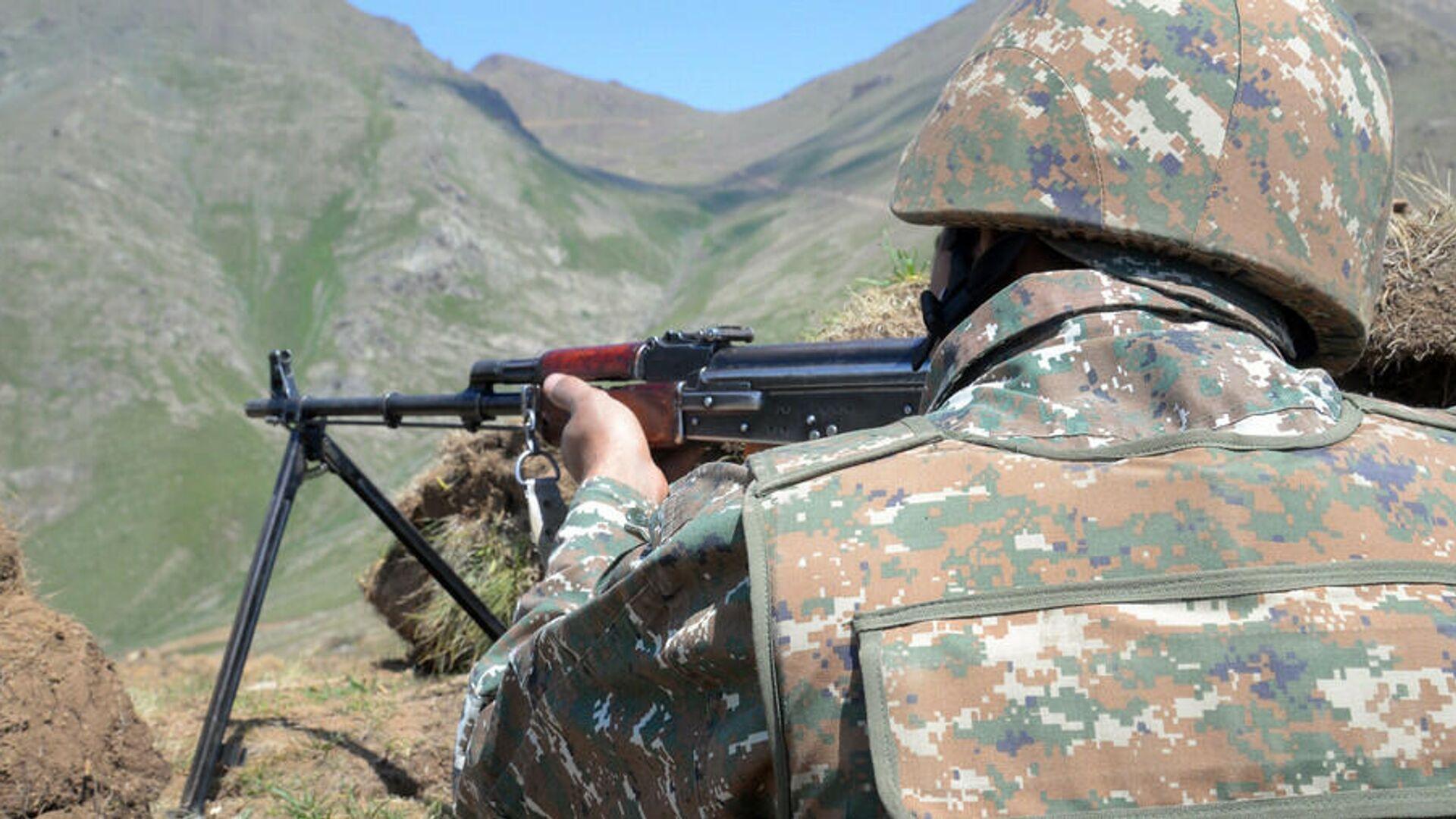 Армянский военнослужащий в приграничном районе - РИА Новости, 1920, 07.06.2021