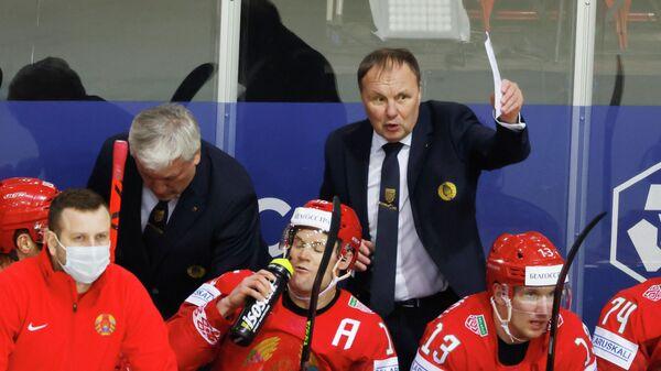 Тренер сборной Белоруссии Михаил Захаров