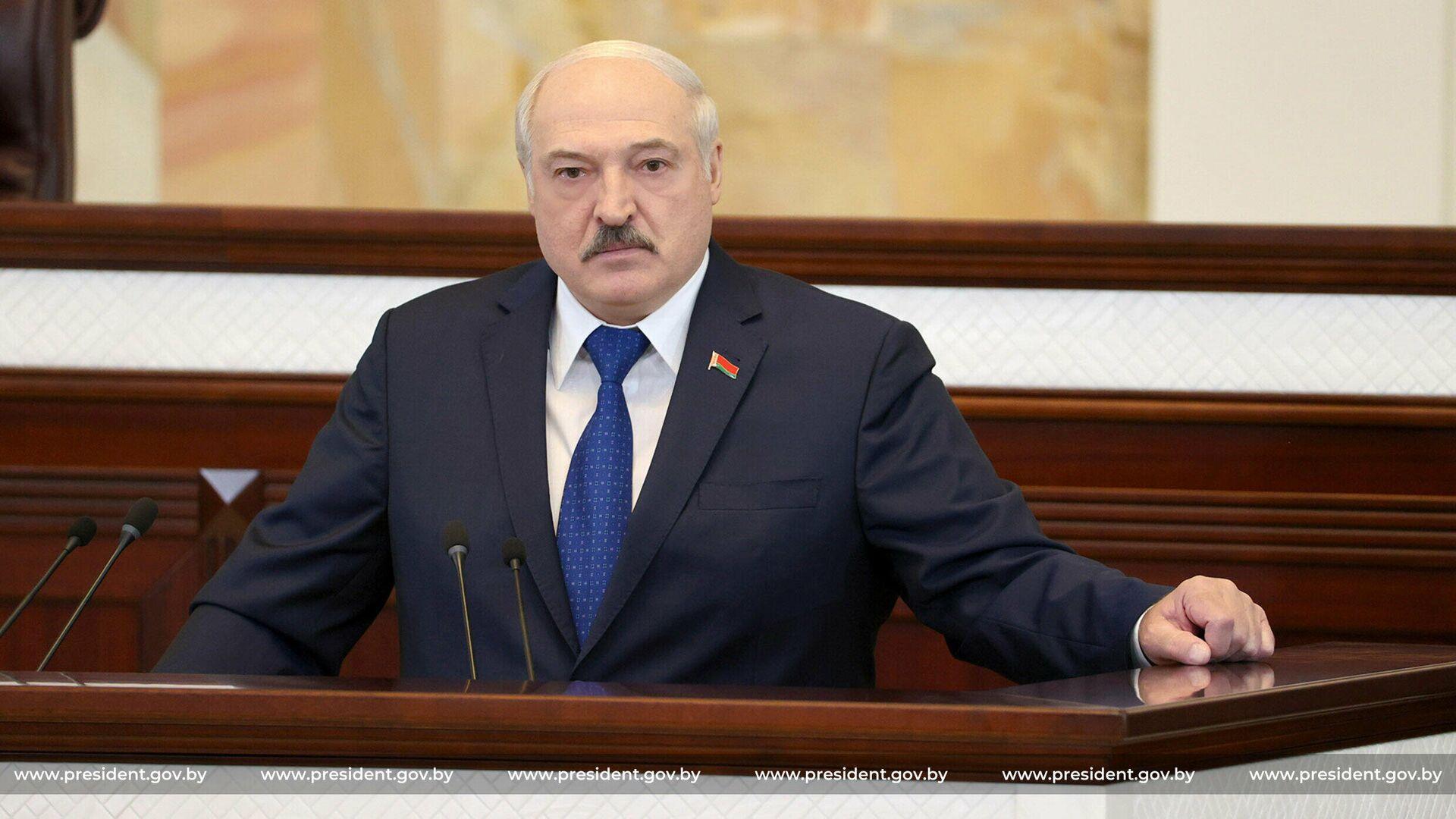 Президент Белоруссии Александр Лукашенко во время выступления в парламенте - РИА Новости, 1920, 28.05.2021