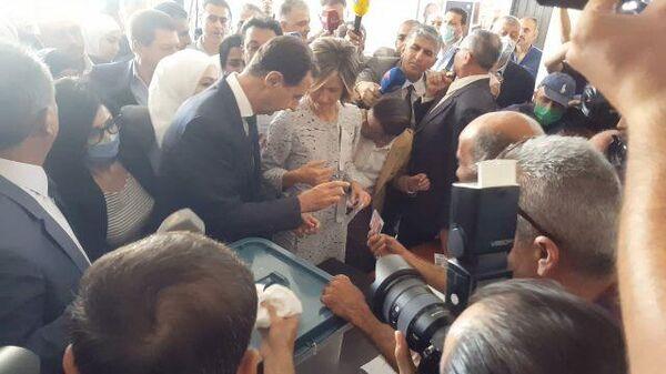 Башар Асад проголосовал на выборах президента Сирии