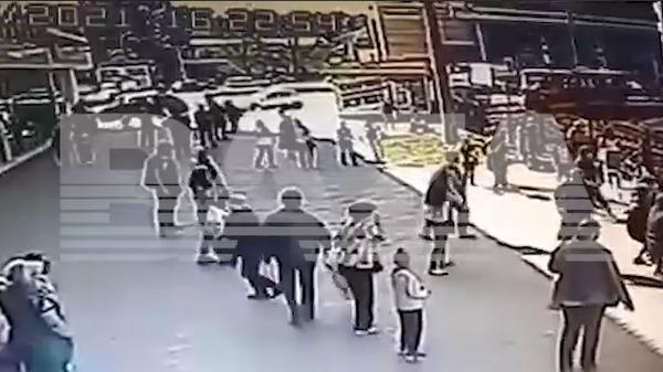 ЧП с батутом в Барнауле. Скриншот из видео