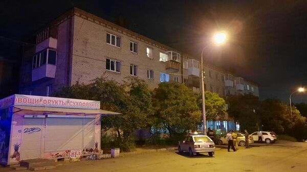 В Екатеринбурге мужчина, произвел выстрелы из охотничьего карабина по находившимся во дворе дома людям
