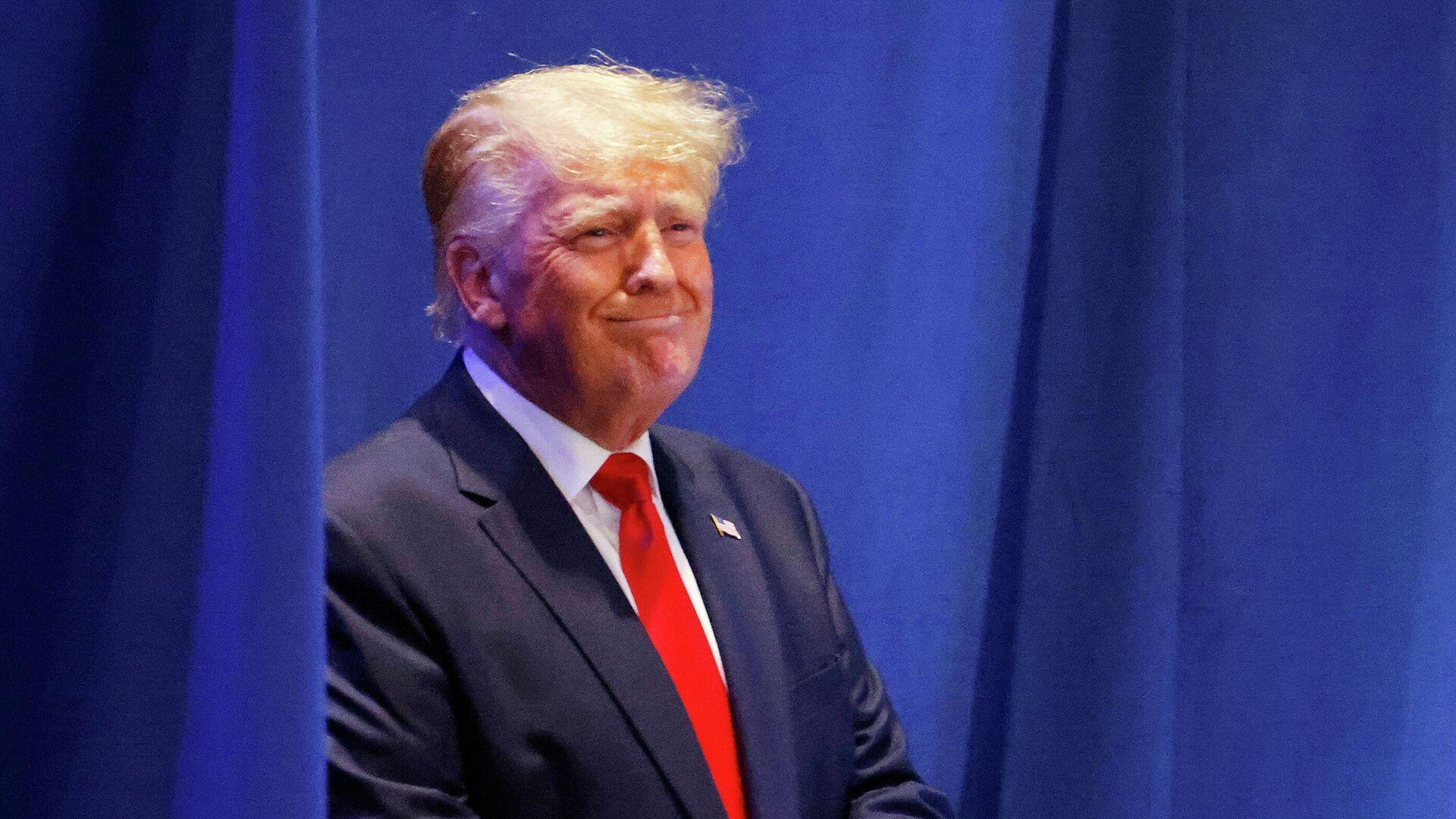 Дональд Трамп выступает на съезде республиканцев Северной Каролины - РИА Новости, 1920, 17.06.2021