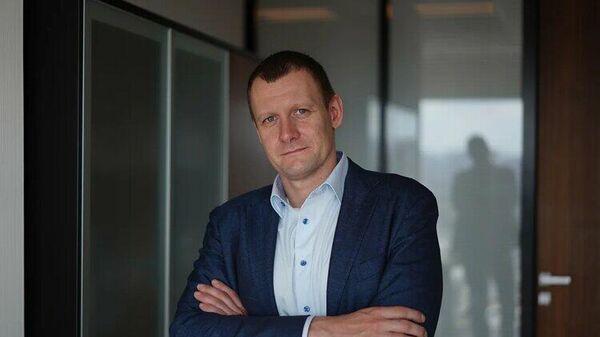 Заместитель президента-председателя правления банка Открытие Виктор Николаев