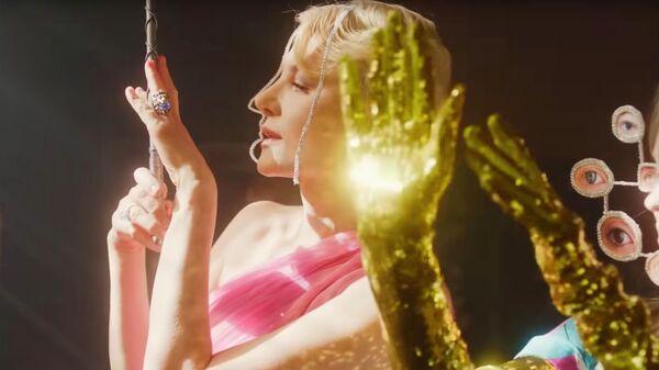 Кадр из короткометражного фильма для бренда Gucci, снятый Ренатой Литвиновой