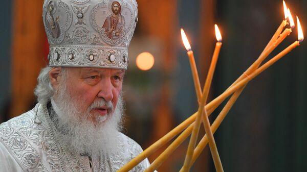 Патриарх Московский и всея Руси Кирилл совершает Божественную литургию в главном храме Вооруженных сил Российской Федерации