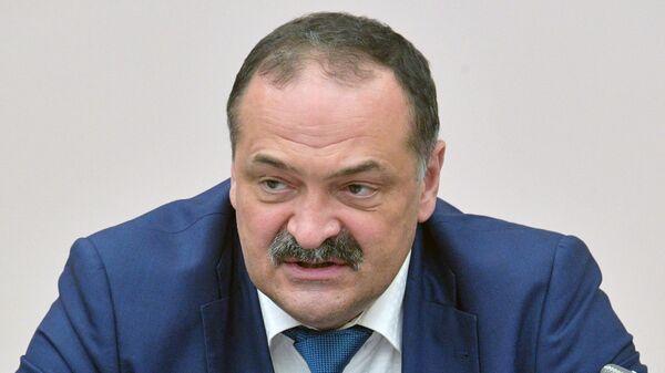 Временно исполняющий обязанности главы Республики Дагестан Сергей Меликов на совещании в Пятигорске