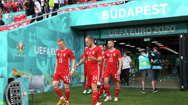 Футболисты сборной Венгрии на стадионе Пушкаш Арена в Будапеште