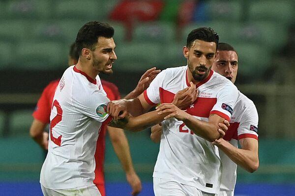 Футболисты сборной Турции