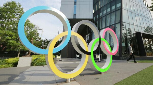 Олимпийские кольца в Токио
