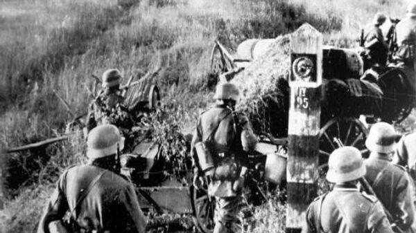 Войска вермахта пересекают границу СССР