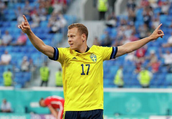 Нападающий сборной Швеции Виктор Классон