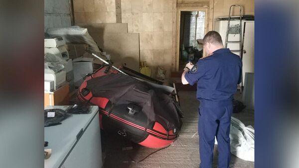 Столкновение моторной лодки Фьорд-460 и надувной лодки Gladiator-370, в результате которого погиб 32 - летний мужчина