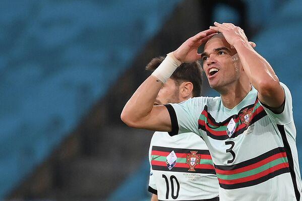 Защитник сборной Португалии Пепе