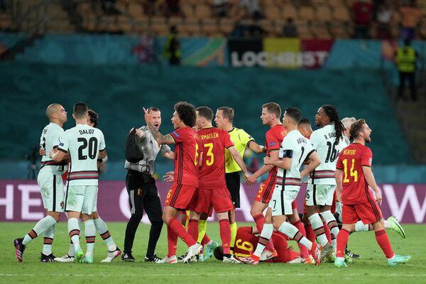 Конфликт футболистов сборных Бельгии и Португалии