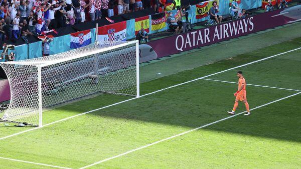 Испанский вратарь Унаи Симон.