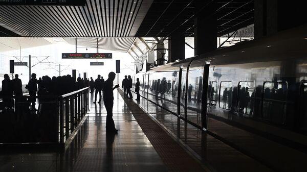Скоростной поезд в Чжэнчжоу