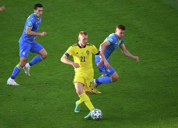 Эпизод матча Швеция - Украина на ЕВРО-2020