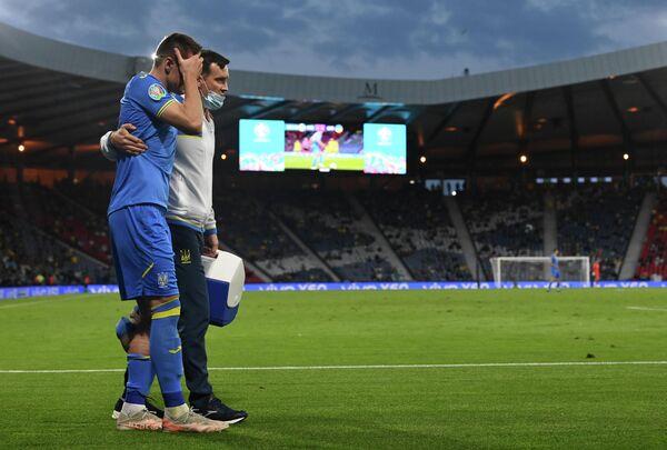 Нападающий сборной Украины Артем Беседин