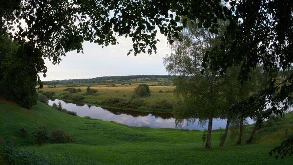 Вид на долину реки Сороть из села Тригорское