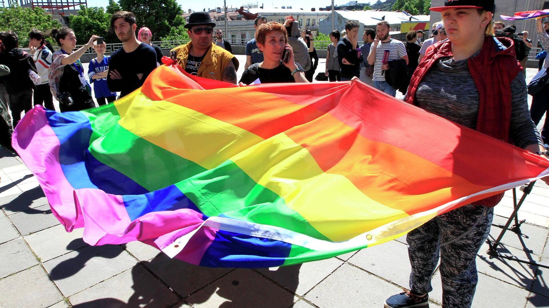 Участники акции в поддержку ЛГБТ сообщества в Тбилиси - РИА Новости, 1920, 07.07.2021