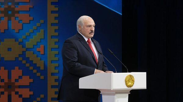 Президент Белоруссии Александр Лукашенко во время выступления на Торжественном собрании в честь Дня Независимости в Минске