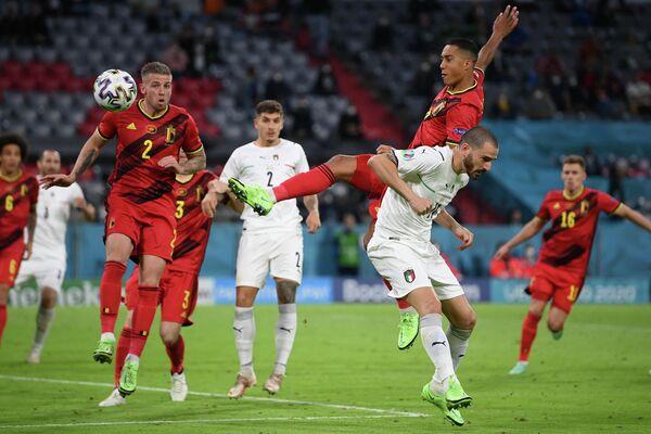 Игровой момент матча Бельгия - Италия
