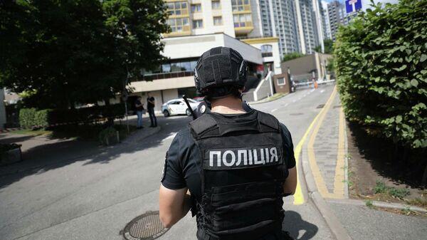 Сотрудник полиции Украины в Киеве. 7 июля 2021