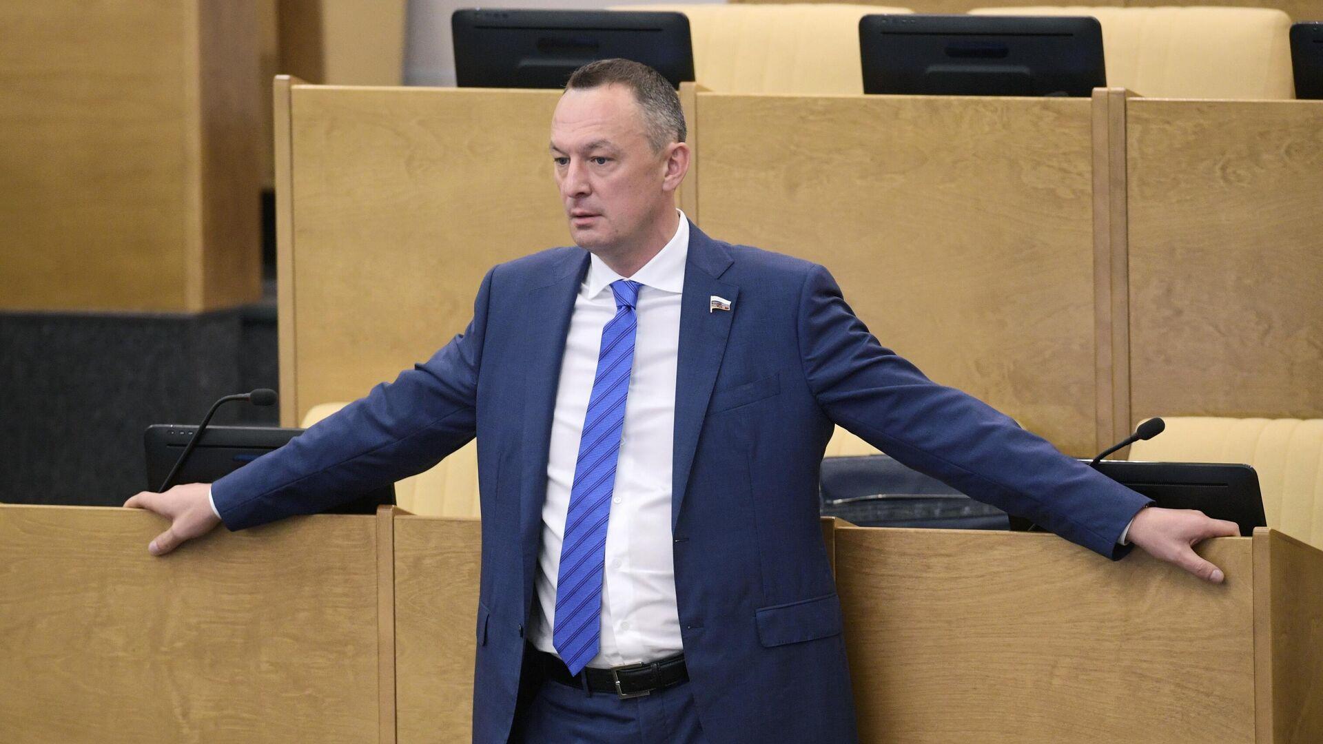 Курское отделение ЕР оценит поведение депутата на встрече с избирателями