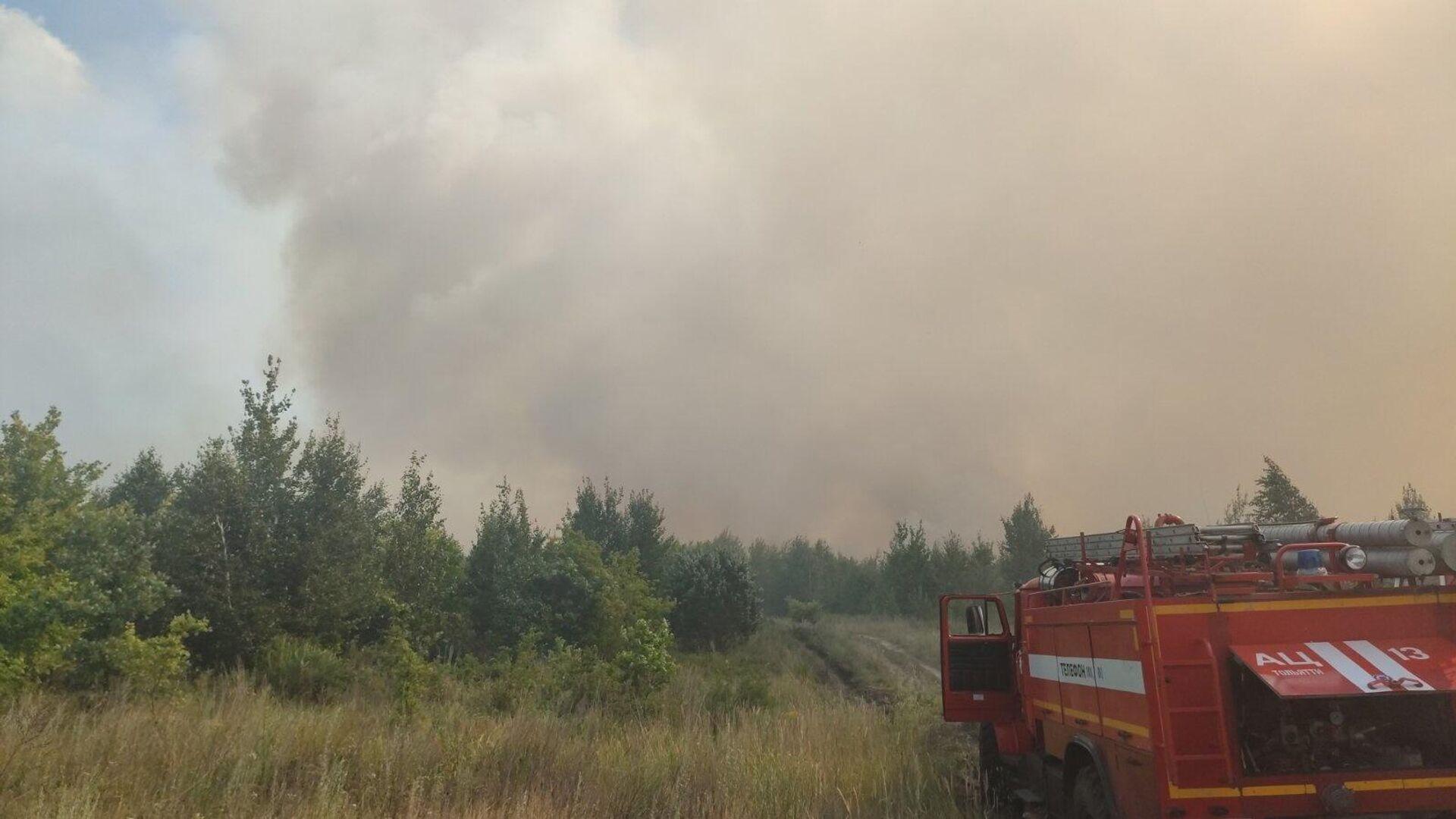 Пожар в Центральном районе городского округа Тольятти - РИА Новости, 1920, 10.07.2021