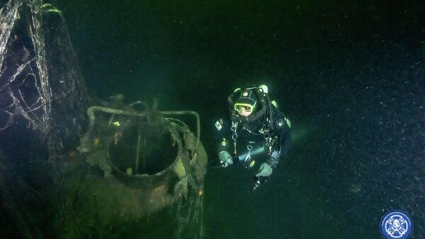 Разведывательно-водолазная команда совместно с эстонской поисковой командой Maxstar Expedition вышли в море к месту гибели М-96 и отслужили литию