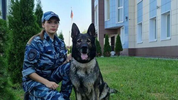 Служебная собака по кличке Есения