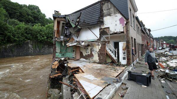 Разрушенный в результате наводнения дом в Энсивал, Бельгия