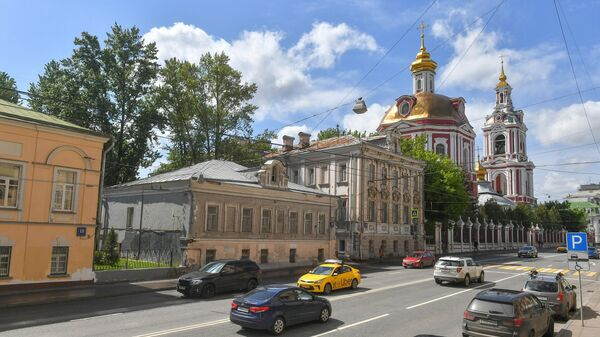 Улица Старая Басманная в Москве