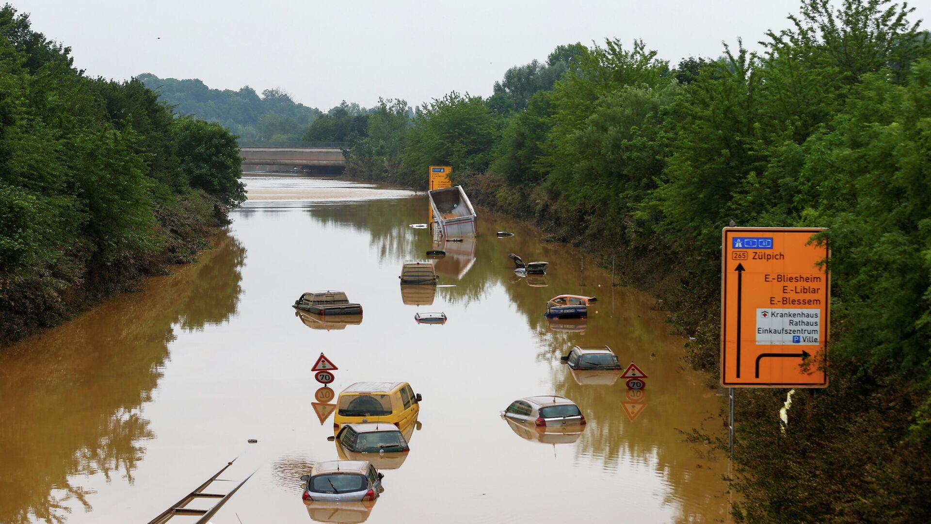 Последствия наводнения в городе Эрфтштадт-Блессем, Германия - РИА Новости, 1920, 28.07.2021