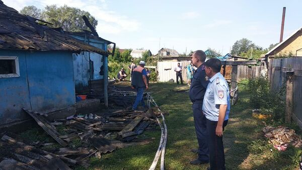 Тело ребенка обнаружено при тушении пожара в жилом доме, расположенном по улице Озёрной в селе Кабанкино Саракташского района Оренбургской области