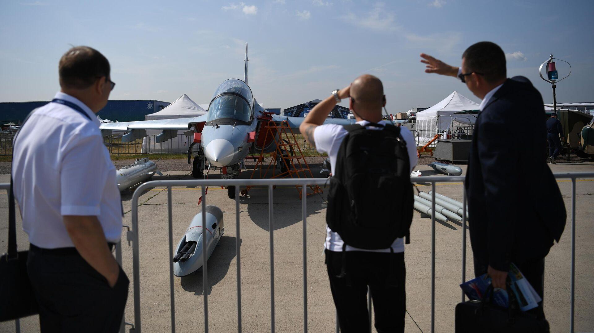 Посетители на Международном авиационно-космическом салоне МАКС-2021 - РИА Новости, 1920, 20.07.2021