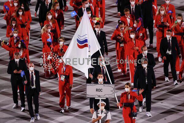 Сборная России на церемонии открытия Олимпийских игр в Токио.